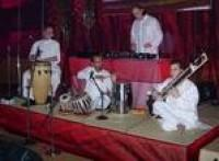 438572586 m - Sitar Musician