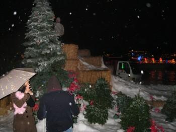 IMG 0044 350x262 - Snow Parties