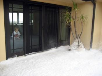IMG 0092 350x262 - Snow Parties