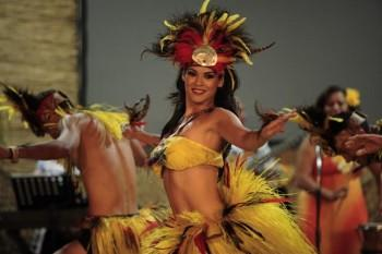 MG 0382 350x233 - Polynesian Shows