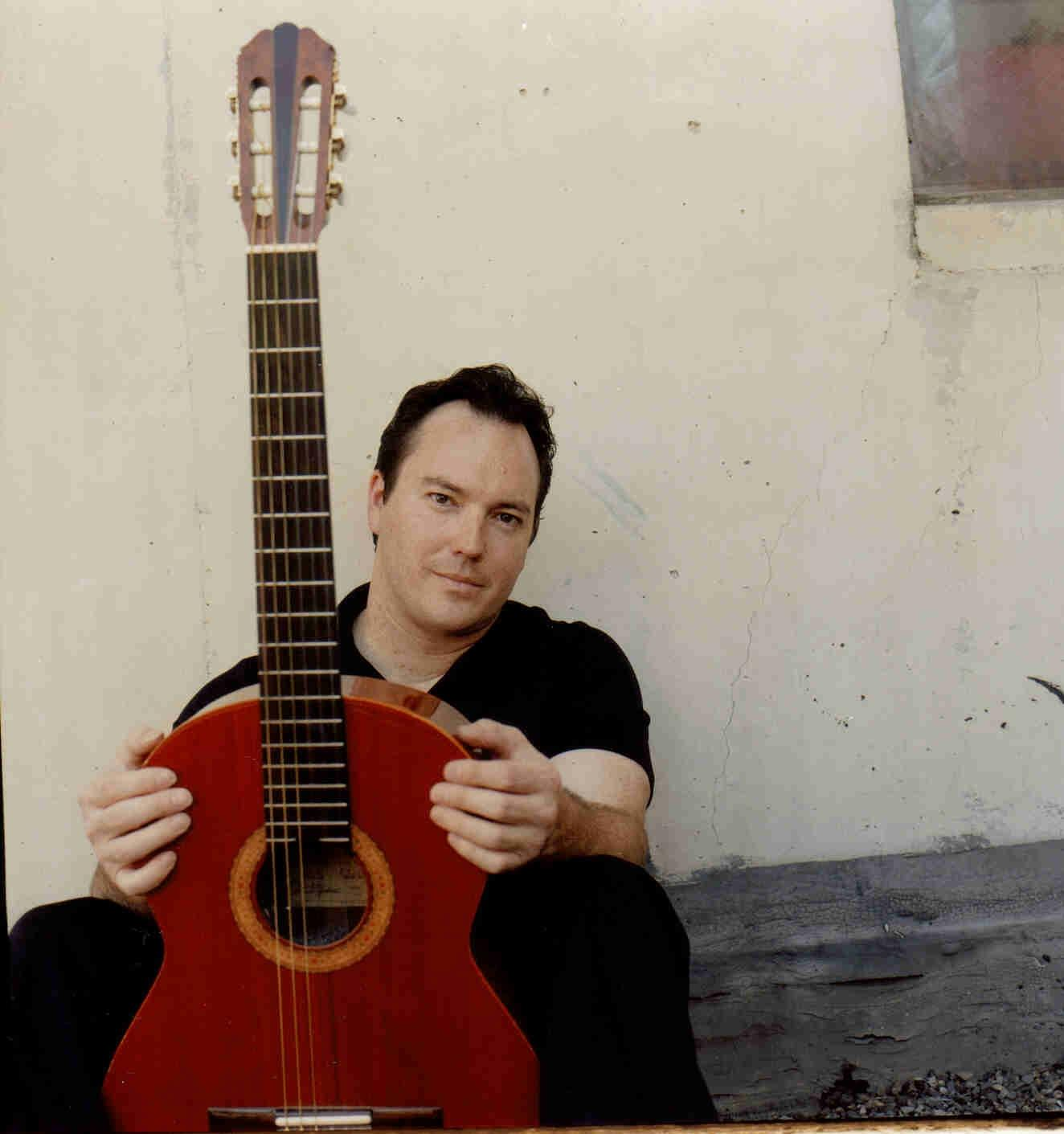 MG music publicity photos 016 - Guitarist