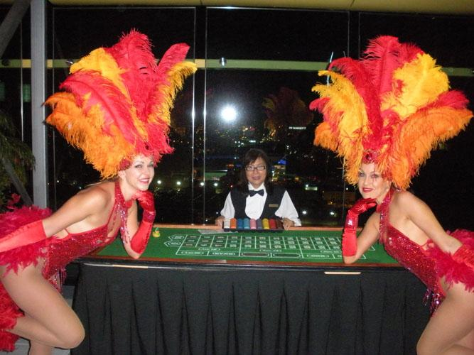 RedTable - Vegas Showgirls
