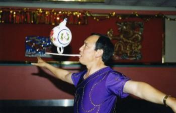 gallery2 350x226 - Chinese Musicians, Folk Dancers & Acrobats