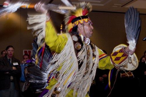 native - Native American Dancers
