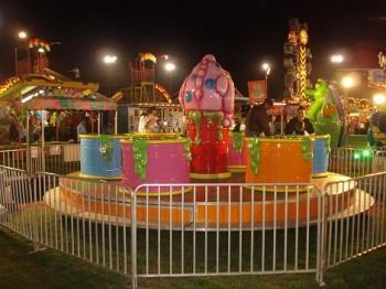 slime 350x262 - Carnival Rides