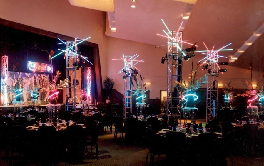 walgreens john0015 e1301428475551 - Neon Lighting